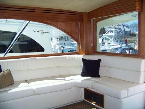 Albemarle 410 Convertible 2008 Salon 2