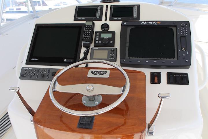 Ocean Yachts 54 SS Bridge Console