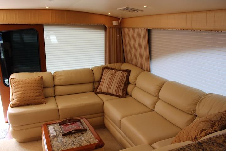 Ocean Yachts 54 SS Salon Lounge 2