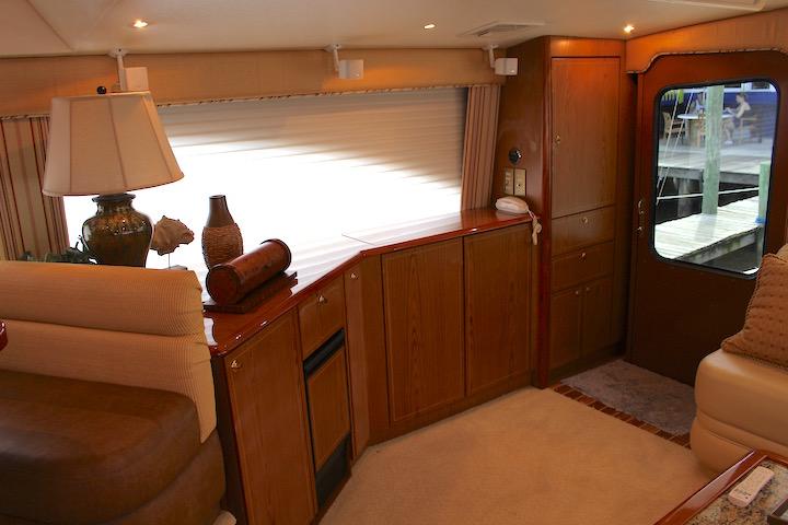 Ocean Yachts 54 SS Salon Cabinet